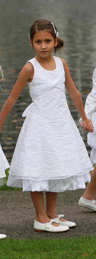Monny kommunion kleid z13 08 modell 22 aus taft in weiss for Festliche kleider kommunion