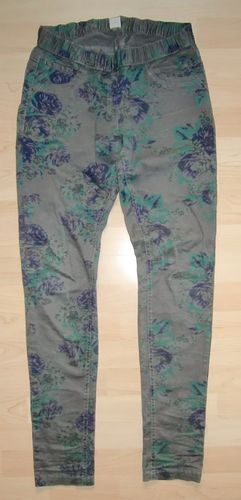 s.Oliver Jeggings Anthrazit mit Print Gr. 176